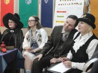 В Великий Новгород прибыли с рабочим визитом сотрудники министерства магии