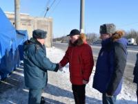 Замминистра МЧС проверил пункты обогрева на М-10 в Новгородской области