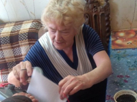 Общественный наблюдатель в Боровичах проконтролировала процедуру голосования  на дому