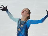 Российская фигуристка Александра Трусова выиграла турнир, впервые в истории исполнив два четверных прыжка