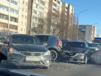В крупной аварии в Псковском микрорайоне никто не пострадал