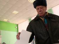 Ветеран войны и почётный гражданин Великого Новгорода Александр Попов уже сделал свой выбор