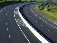 Состояние дорог должно постоянно быть в центре внимания глав российских регионов