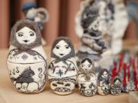 Черно-белые игрушки боровичской мастерицы победили на международном фестивале войлока