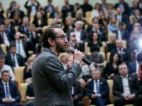 Фото недели в Госдуме стал кадр с премьеры фильма Хабенского  «Собибор»