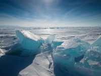 МЧС ищет мужчину, пропавшего на льду Ильменя