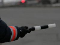 На трассе М-10 в Валдайском районе задержали неадекватного водителя без прав
