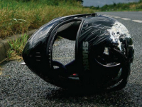 Ночью в Чудове разбился молодой «бесправный» мотоциклист