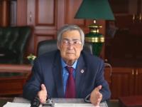 Президент принял отставку Амана Тулеева