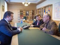 Создатель телепроекта «Умники и умницы» Юрий Вяземский встретился с Андреем Никитиным
