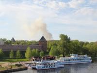 Фото: дым от горящего госпиталя поднимался над Новгородским кремлём