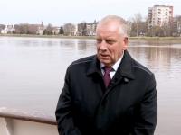 Сергей Митин рассказал в телепрограмме, зачем переплывал Волхов