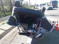 В аварии на М10 под Чудово после столкновения перевернулась «Лада»