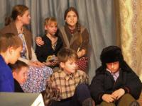 В боровичской школе по традиции завершили учебный год театральной премьерой