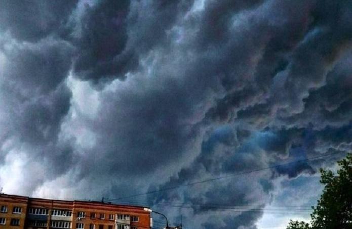 В Великом Новгороде и области ожидаются грозы и усиление ветра