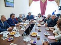 Андрей Никитин попросил жителей Демянского района помочь проконтролировать дорожных подрядчиков