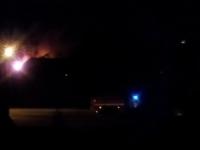В новгородском Трубичине дом охватило пламя