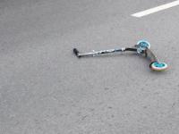 В Великом Новгороде водитель «Фольксвагена» сбил мальчика на самокате