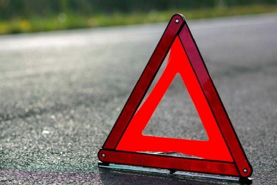 В Новгородском районе Hyundai врезался в столб и загорелся