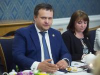 Андрей Никитин встретился с медиками - первыми победителями проекта «Команда лидеров Новгородчины»