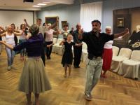 Боровичане научили аргентинца играть на ложках, а он их - танцевать