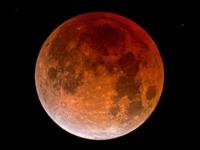 Через несколько часов можно будет наблюдать полное затмение Луны и противостояние Марса