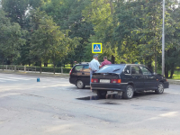 Два черных изделия ВАЗа побились на перекрестке Торговой стороны Великого Новгорода