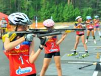 На соревнованиях в Пестовском районе встретятся более сотни юных биатлонистов