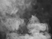Ночью спасатели боролись с огнем в новгородской деревне