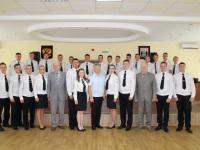 Сегодня в Великом Новгороде приветствовали молодых офицеров полиции
