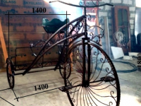 В боровичском парке появятся арт-объект «Любовь» и кованый велосипед