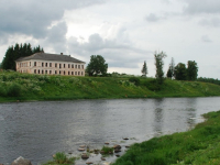 Знаменитой дворянской усадьбой под Боровичами заинтересовался инвестор из Санкт-Петербурга