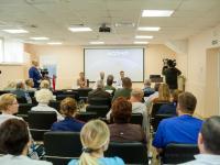 Новгородские онкологи осваивают новые методы лечения