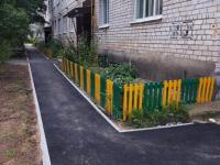 В Любытине благоустроили территорию на улице Советов