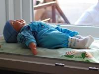 В Новгородской области 14 детям-подкидышам выплачивают социальную пенсию