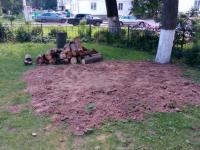 В новгородском дворе, где некоторые очень не любят детей, убрали единственную песочницу
