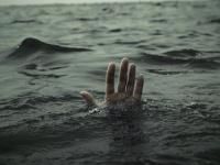 В Старой Руссе молодой человек утонул, зацепившись за что-то в воде