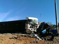 За час в двух столкновениях с КАМАЗами на М-10 в Валдайском районе погибли два водителя