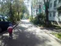 Дырявый асфальт – не всегда плохо, если речь идёт о новгородских дворах