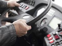 Новгородки жалуются на опасную манеру вождения у водителей городских автобусов