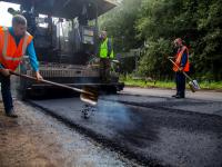 Доброе слово: жители Новгородской области благодарят за долгожданный ремонт дорог