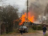 Из-за пожара в Старой Руссе семья осталась без крыши над головой