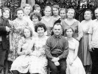 Почти полвека 100-летнюю холмскую газету «Маяк» возглавляет одна семья