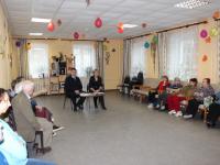 Новгородские полицейские рассказали пенсионерам, как избежать обмана