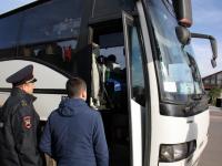 Пассажирские автобусы массово проверяют в Новгородской области
