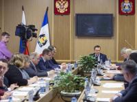 Андрей Никитин назвал две основные задачи в сфере защиты прав потребителей