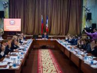 На заседании правительства в Холмском районе обсудили вопросы медицины, дорог и образования