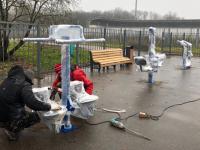Скоро в парке 30-летия Октября заработают райдер, степпер и другие тренажеры