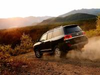 Похищенный в Великом Новгороде автомобиль известного предпринимателя нашли в Пермском крае