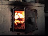Пожилые супруги в Волоте могли сгореть из-за неправильной растопки печи